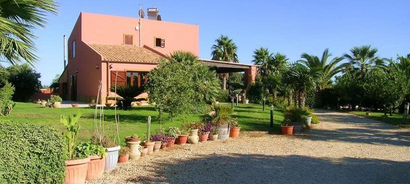 Villa Afrotide header