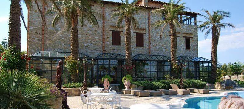 Villa Leoni header