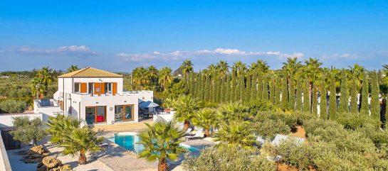 Moderna Villa Acropolis con piscina